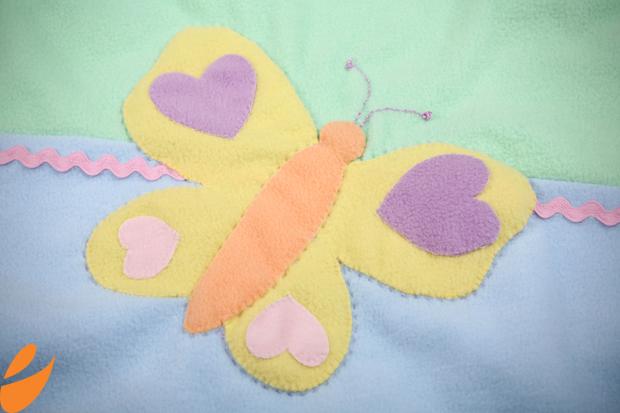 Одеяло с бабочками для детской кроватки. Шьем сами (3) (620x413, 345Kb)