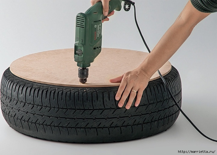 Otomano, jardineras para flores y eco-silla suave del neumático (2) (700x501, 223KB)