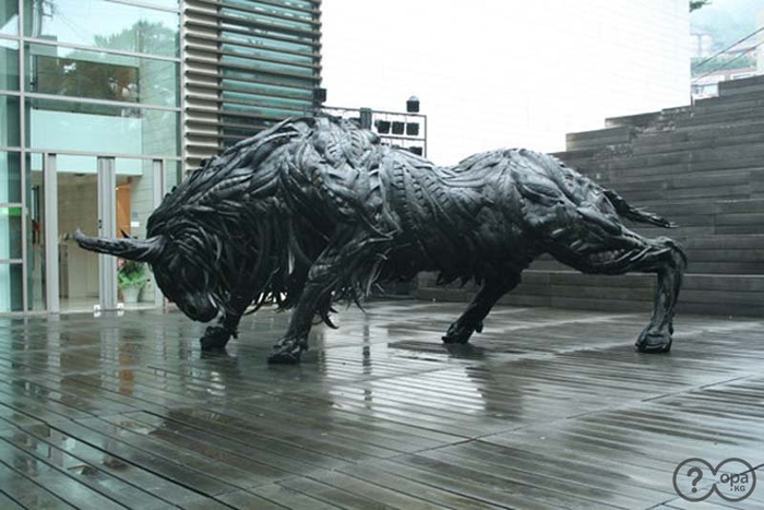 1346862840_1346860481_1346789161_animal-sculptures-15 (700x467, 255Kb)