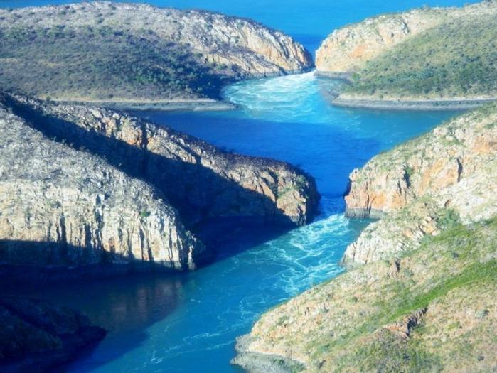 гориз. водопад 4 (700x525, 428Kb)