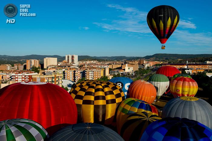 фестиваль воздушных шаров в испании фото 3 (700x466, 452Kb)