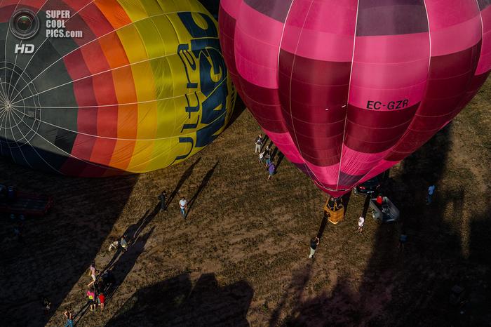 фестиваль воздушных шаров в испании фото 6 (700x466, 439Kb)