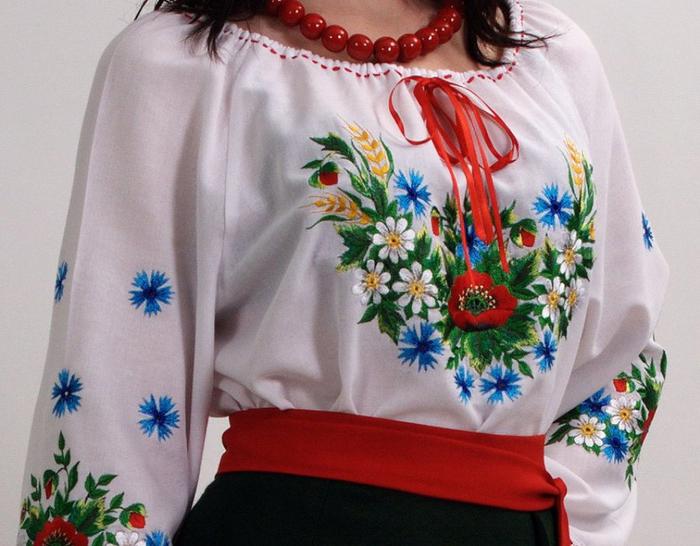 Украинские вышитые рушники и вышиванки (7) (700x546, 377Kb)