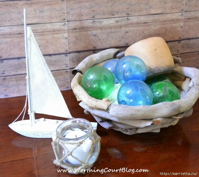 Елочные шары и стеклянные круглые вазочки для морского стиля в интерьере (4) (640x569, 222Kb)