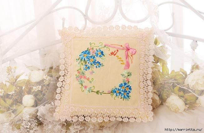 Вышивка лентами по декорированному холсту. Картины Натюрморты с цветами (24) (653x426, 178Kb)