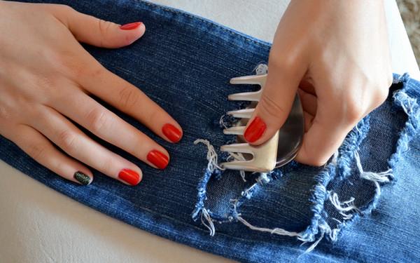 Как сделать прорезь для руки 190