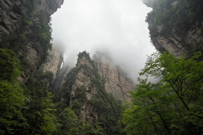 горы тианмень фото 1 (700x466, 242Kb)