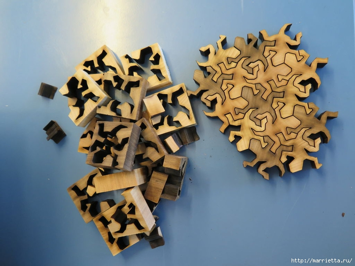 Пазлы Пенроуза. Ящерка из шестиугольника (2) (700x525, 235Kb)