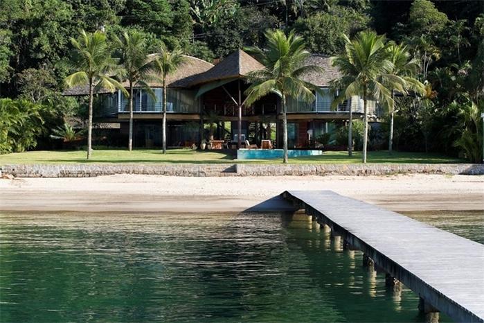 большой красивый дом фото 4 (700x466, 289Kb)