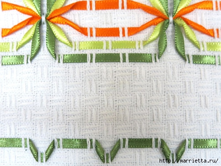 Как украсить полотенце вышивкой лентами. 4 мастер-класса (1) (450x338, 135Kb)