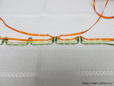 Как украсить полотенце вышивкой лентами. 4 мастер-класса (18) (450x338, 89Kb)