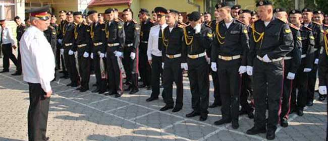 Майбутні військові виховуються у військовому ліцеї.
