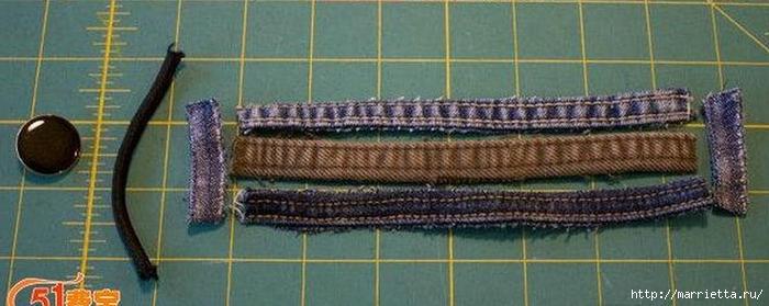 Браслет из джинсовых кромок (3) (700x279, 165Kb)