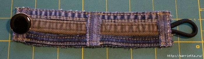 Браслет из джинсовых кромок (10) (700x202, 123Kb)