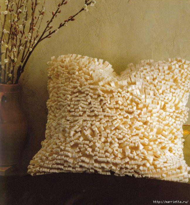Две войлочные подушки. Фото мастер-классы (4) (648x699, 240Kb)