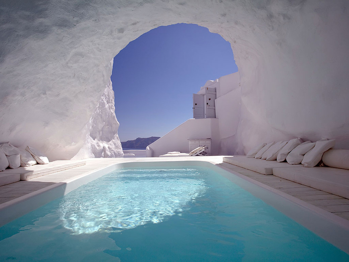 Cave_pool_Santorini_Greece (700x525, 282Kb)