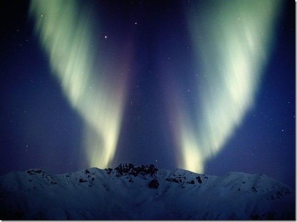 красивые фото северного сияния, магазин света BasikDekor магазин светильников и люстр, купить красивые лампы люстру, фото свет в интерьере,