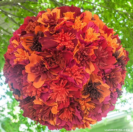 Цветочный шар из бумаги для свадебного торжества (1) (559x554, 849Kb)