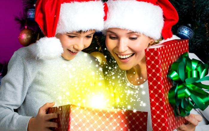 новогодние подарки (1) (700x437, 236Kb)