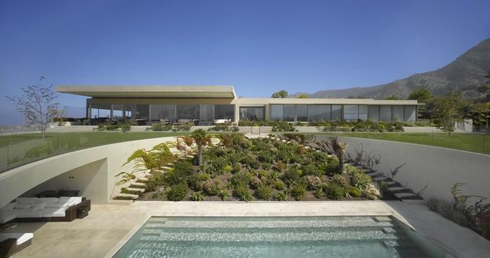 красивый большой дом фото 1 (700x368, 161Kb)