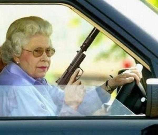 Бабушки с оружием2 (600x513, 119Kb)