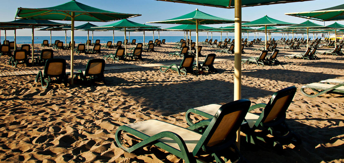 XR-Beach-Sunchairs_mini (700x331, 429Kb)