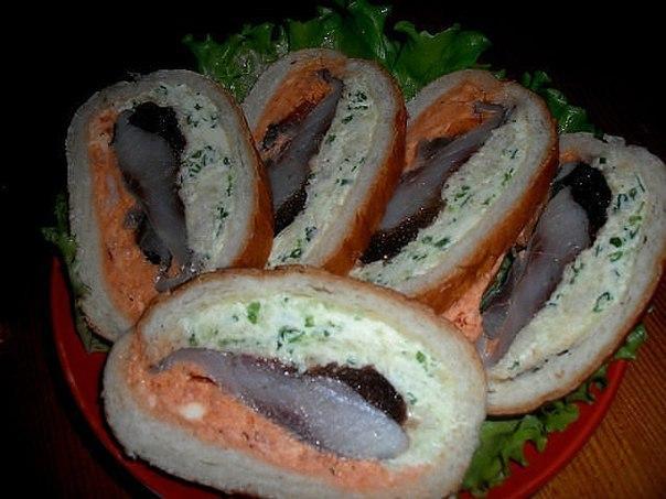 Оригинальные бутерброды с селедкой (604x453, 57Kb)