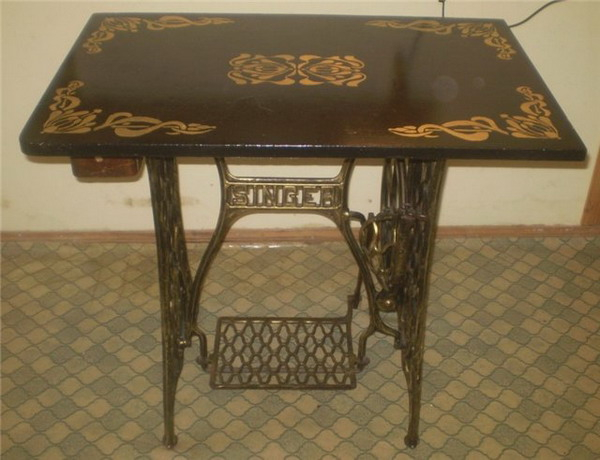 tables-ideas-of-repurpose-old-treadle-sewing-machine7-3 (600x460, 192Kb)