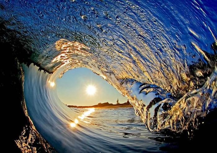 Фотограф Кларк Литл снимает гигантские волны
