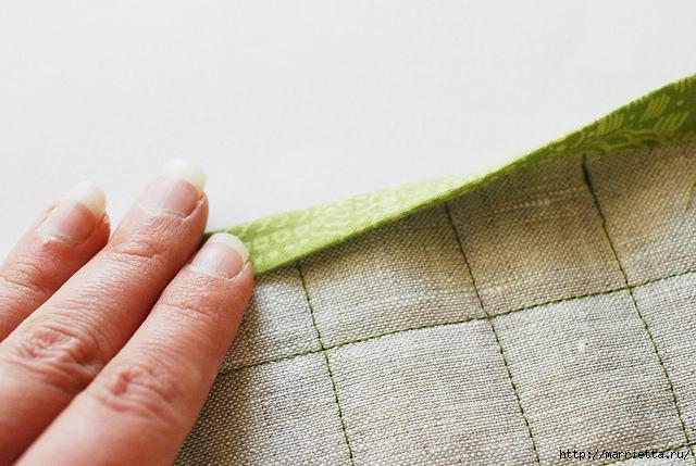 Стеганая салфетка с аппликацией ананаса. Лоскутное шитье (17) (640x429, 197Kb)