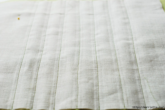 Стеганая салфетка с аппликацией ананаса. Лоскутное шитье (21) (640x429, 150Kb)