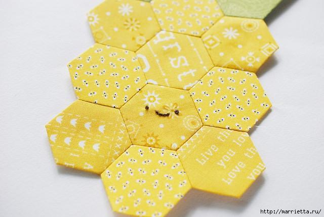 Стеганая салфетка с аппликацией ананаса. Лоскутное шитье (32) (640x429, 165Kb)