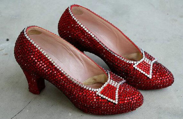 Diamond-Covered-Shoes-10 (613x400, 162Kb)