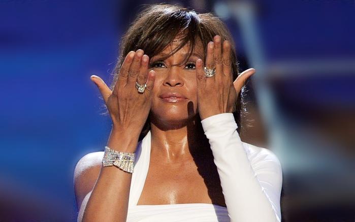 Whitney Houston2 (700x437, 165 KB)