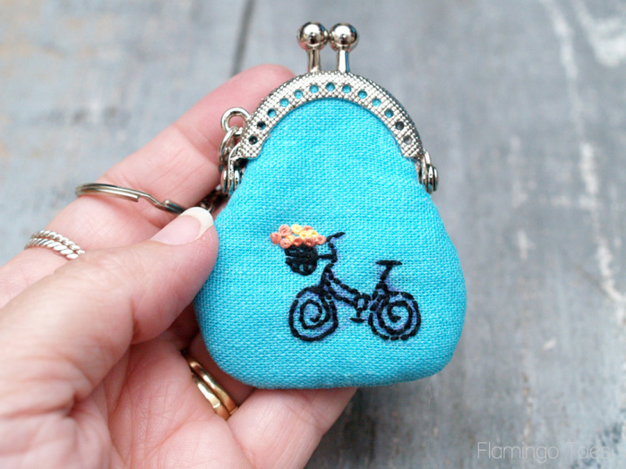 Mini-Embroidered-Coin-Purse-750x562 (700x524, 447Kb)