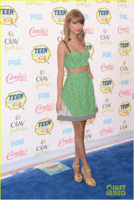 taylor-swift-teen-choice-awards-2014-03 (470x700, 102Kb)