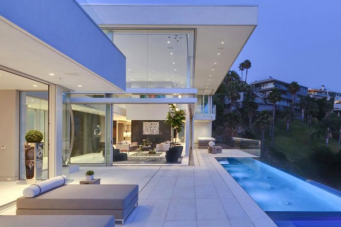 роскошный дом в голливуде фото 3 (700x466, 327Kb)