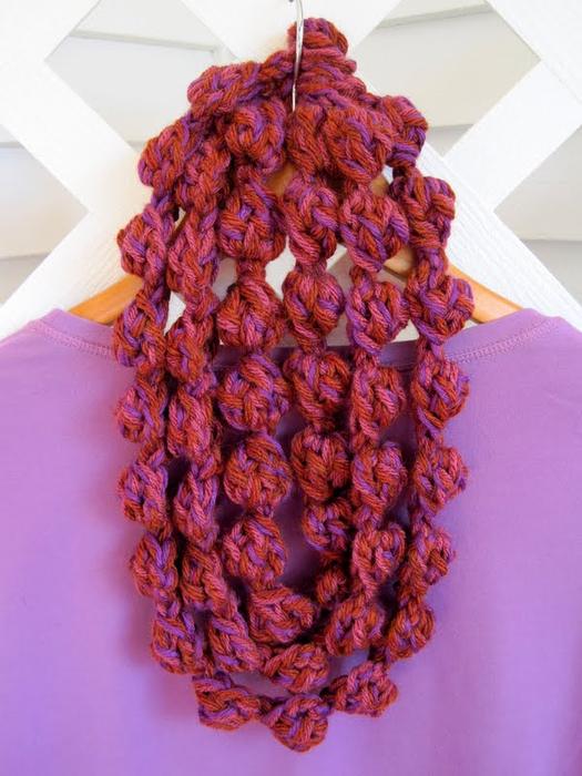 Связать шарф-ожерелье крючком