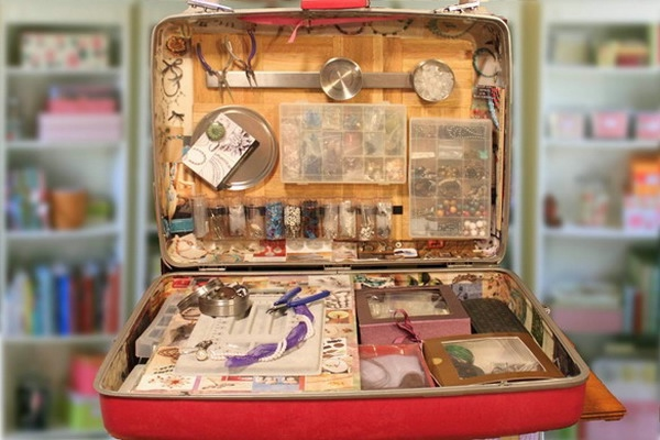 crafty-suitcase-ideas4-3 (600x400, 140Kb)