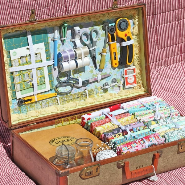 crafty-suitcase-ideas4-7 (600x600, 349Kb)