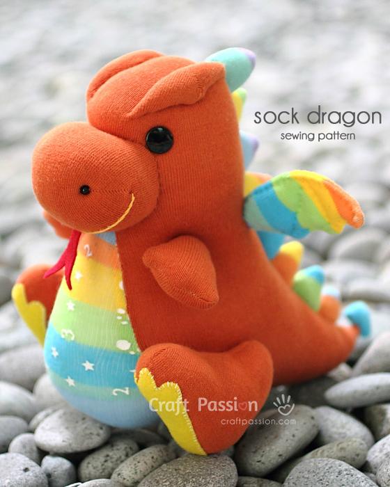 sock-dragon-side (560x700, 403Kb)