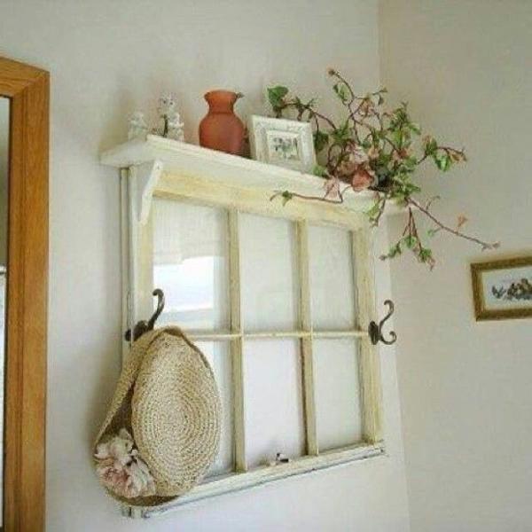 Как украсить старое окно своими руками 2