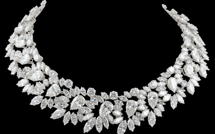 Secrets of life art top 10 luxury jewelry brands for Most expensive jewelry
