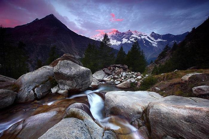 1.0. Швейцарские Альпы. Поселок Ханниг (700x466, 351Kb)