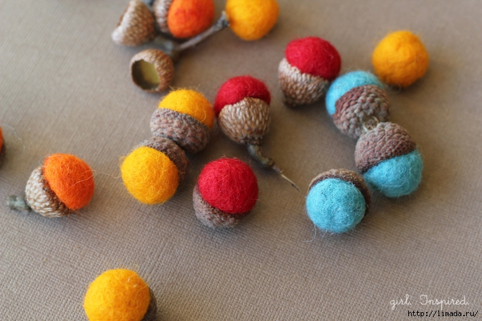 Autumn-Acorn-Napkin-Rings-7 (700x466, 257Kb)