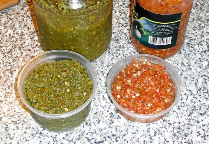 Зеленая аджика это вкусная приправа ко многим блюдам