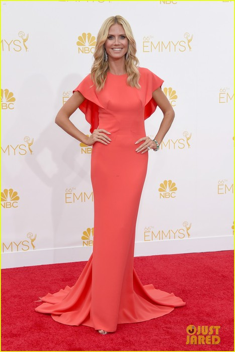 heidi-klum-emmys-2014-red-carpet-04 (467x700, 63Kb)