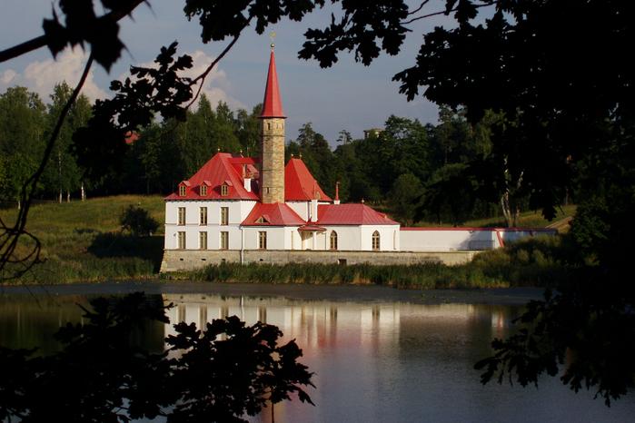 Priory_Palace 1 (700x466, 417Kb)