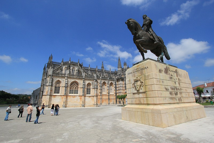 Монастырь Баталья португалия фото 2 (700x466, 307Kb)
