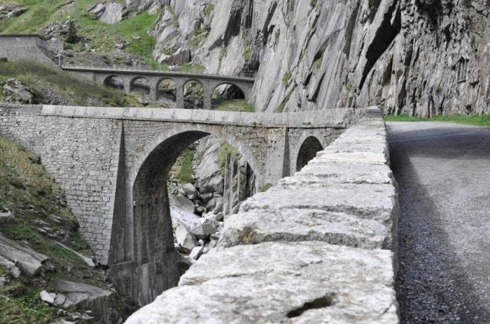 мост дьявола швейцария 6 (700x464, 220Kb)